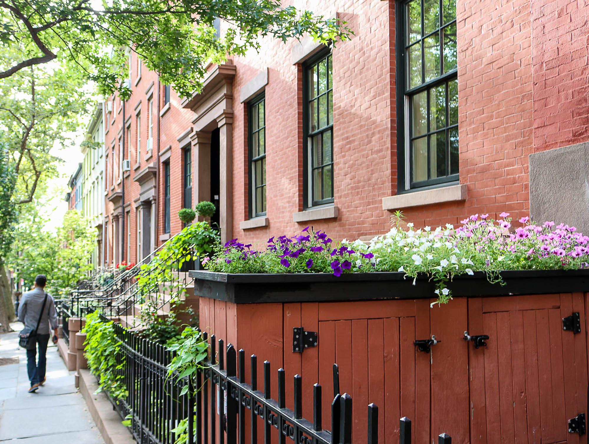 Outdoor Garbage Bins: Ideas for Urban Front Yards | Brownstoner