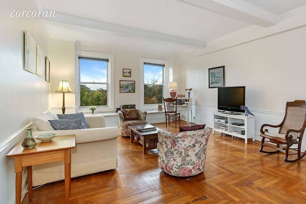 Brooklyn Apartments for Sale in Prospect Heights at 135 Eastern Parkway