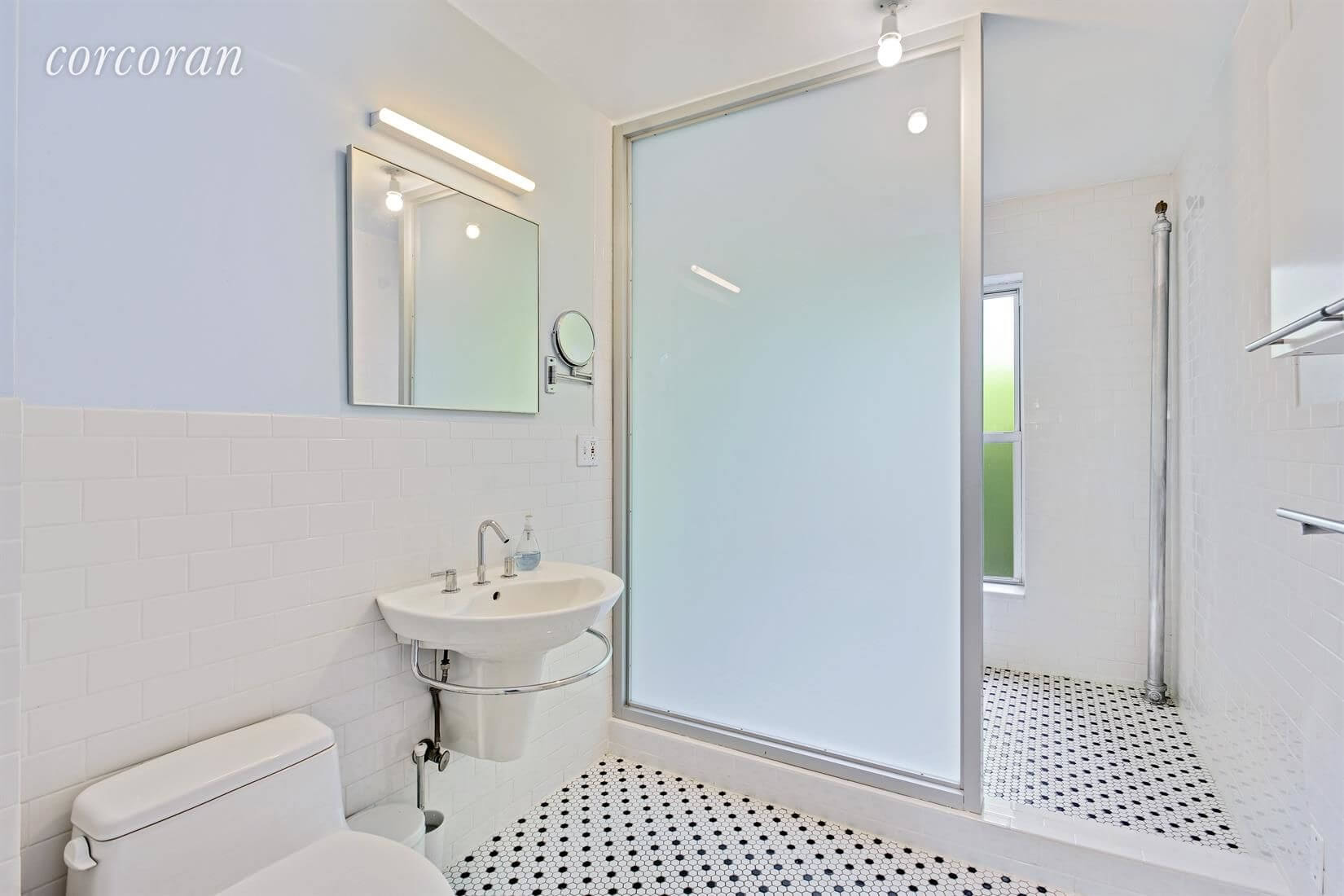 Brooklyn Homes for Sale in Fort Greene at 403 Clermont Avenue