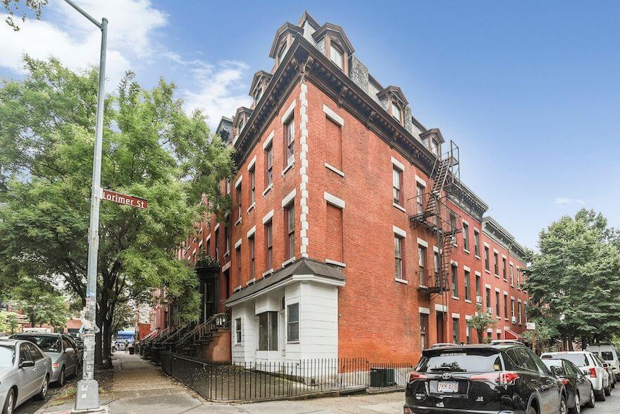 Brooklyn building for sale in Greenpoint at 1118 Lorimer Street