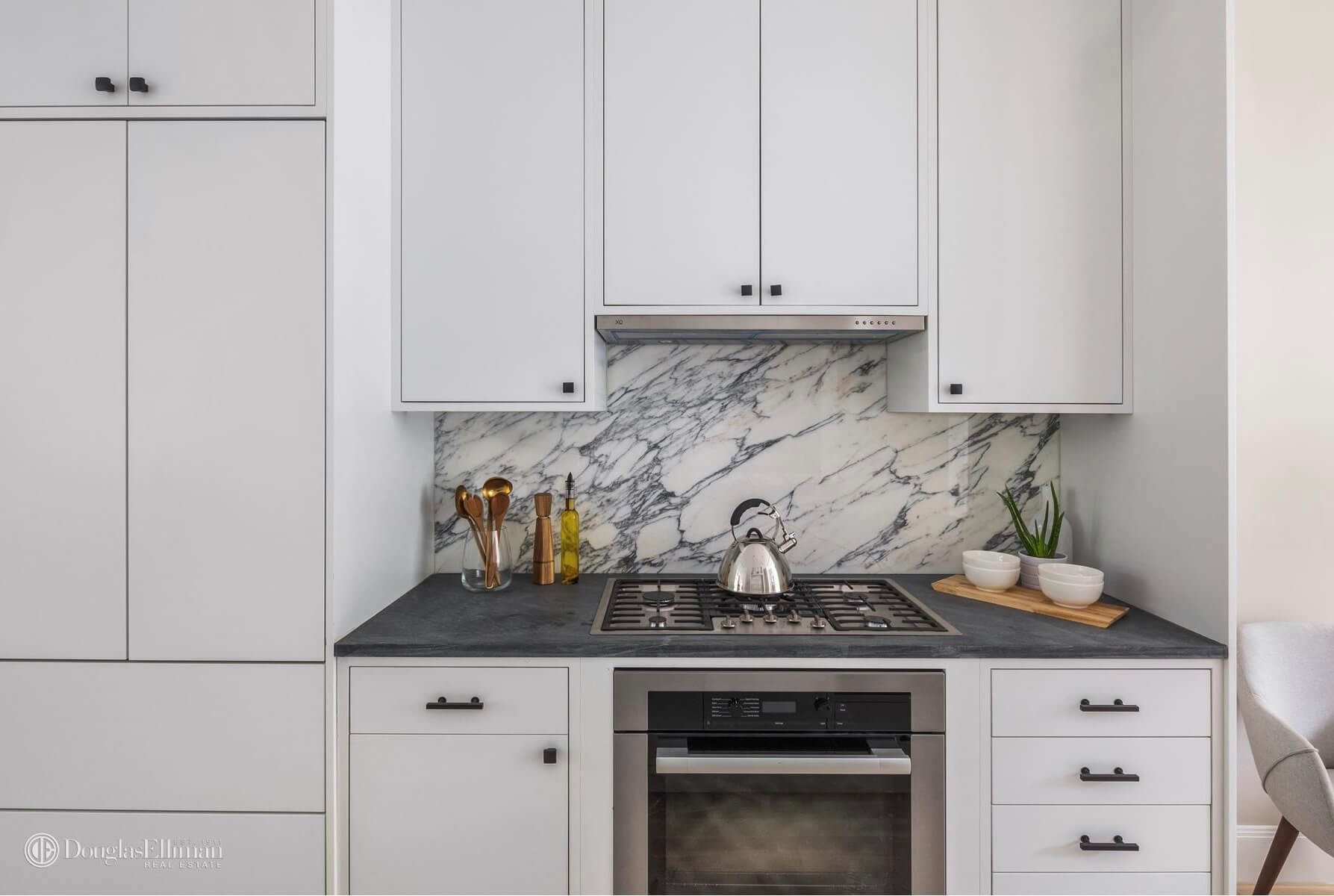 Brownstone-for-sale-in-Brooklyn-Park-Slope-59-Lincoln-Pl-03