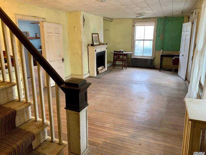 interior of woodhull house in millers place long island